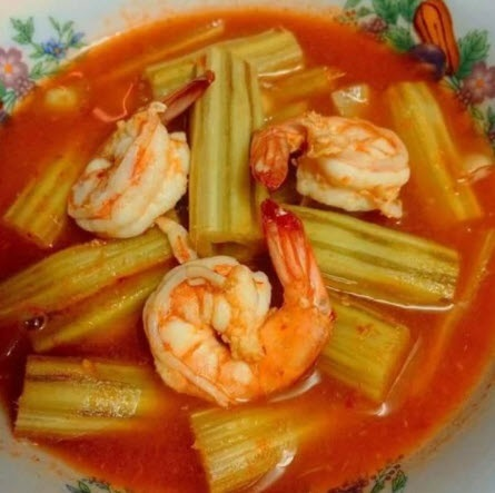 Moringa sour soup