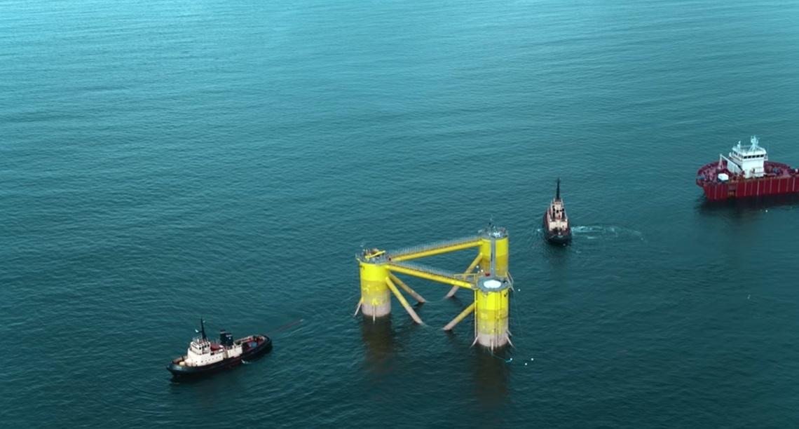 世界最大の浮体式洋上風車-09