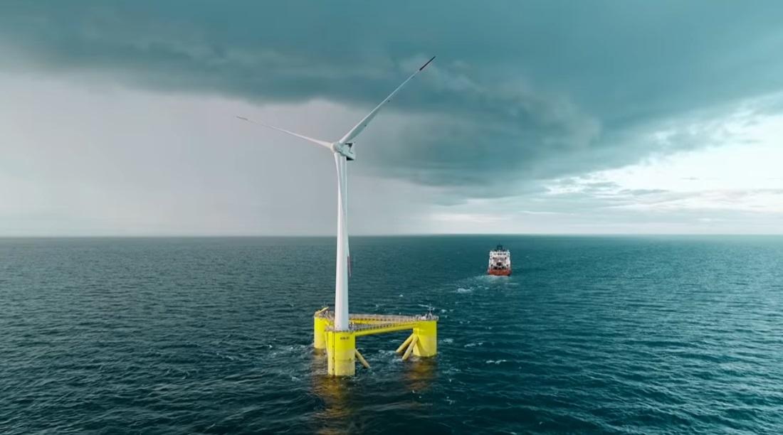 世界最大の浮体式洋上風車-17