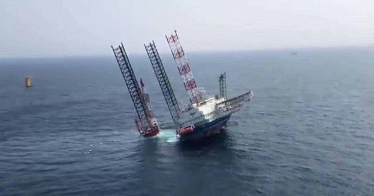 SEP起重機船転覆in中国-04