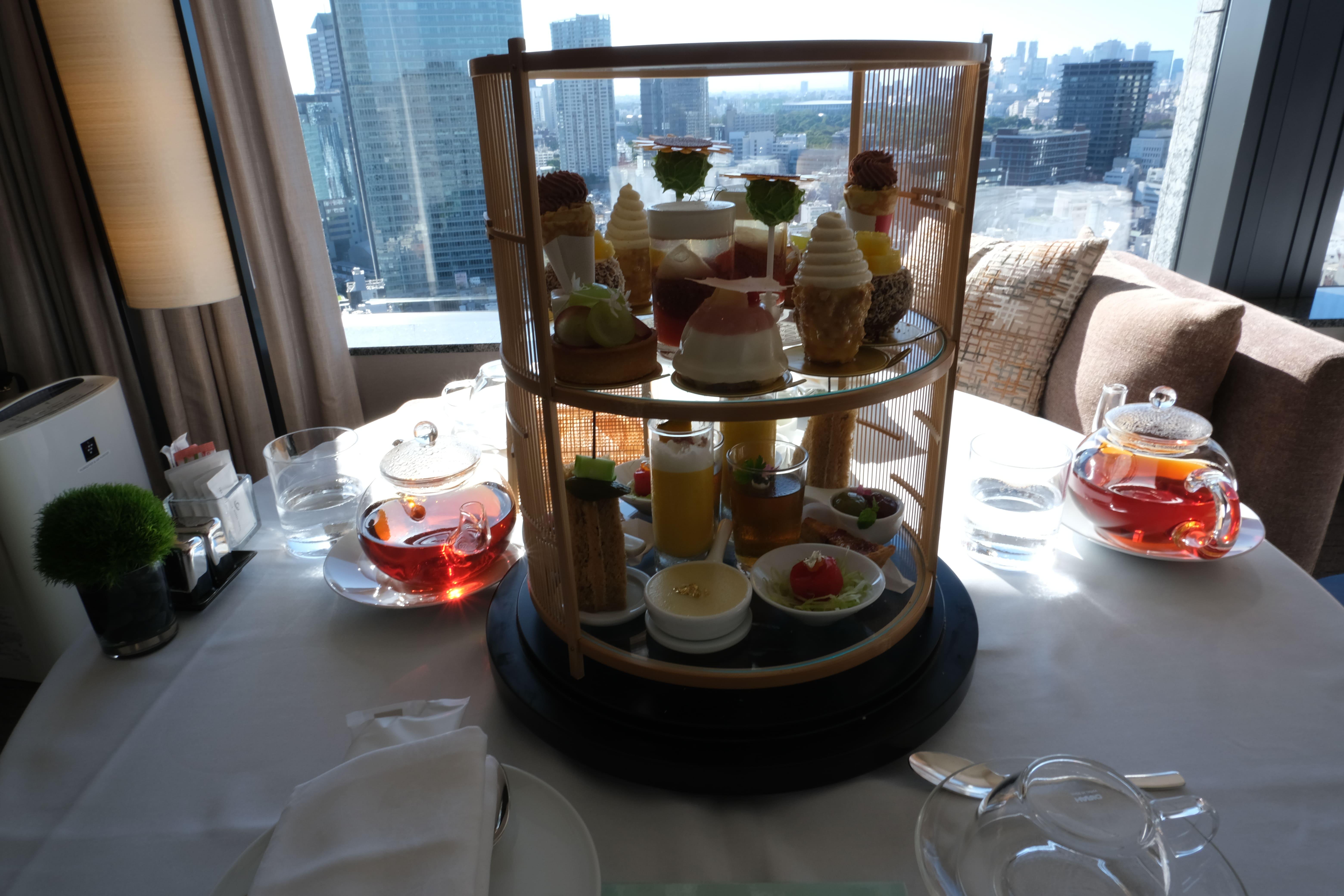 部屋で食べるザ・キャピタルホテル東急のアフタヌーンティー