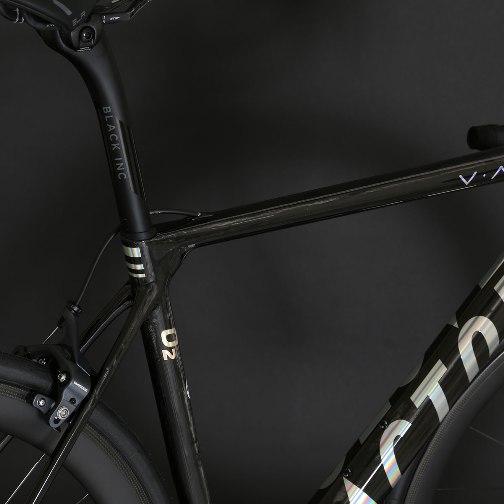 Naked_Black_chrome_Large_downtube_VAM_Bike__Close_08.jpg