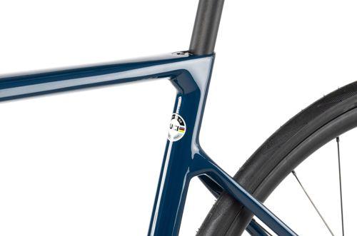 Vitus_Vitesse-EVO-CR-eTap-Road-Bike-Rival-eTap-2021_12.jpg