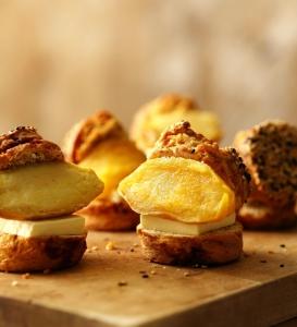 焼き芋バタースコーンサンド 鹿児島県産みつ姫と発酵バター