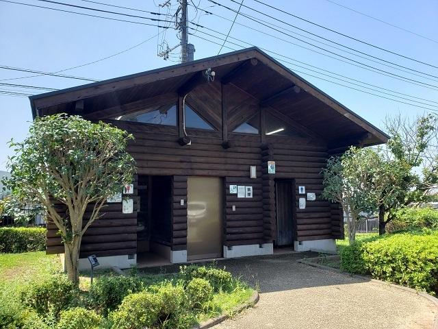 蟹ヶ谷公園のトイレ
