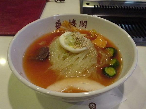 640px-Morioka_reimen_by_shibainu.jpg