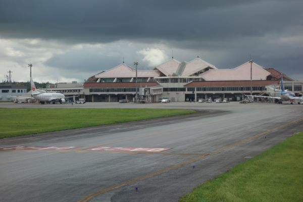 宮古島空港到着.JPG