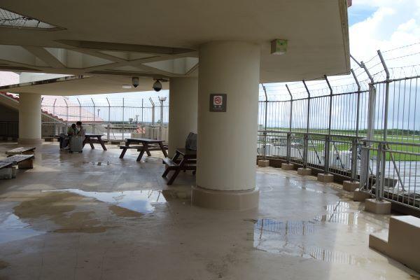 宮古島空港3F展望台.JPG