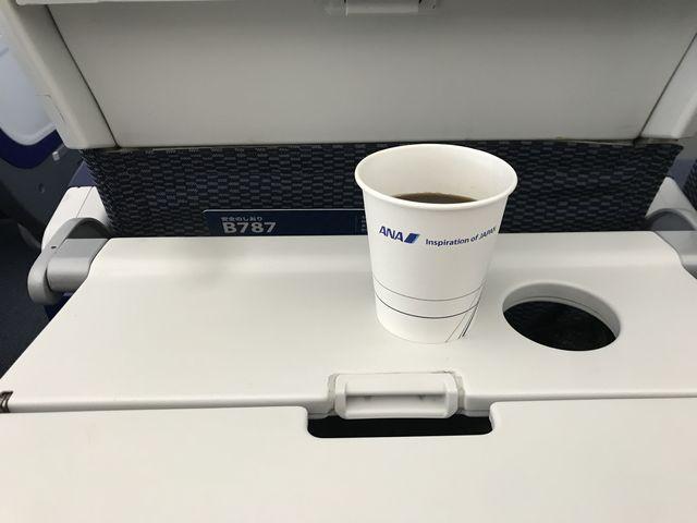 ANA993 B787(78P)エコノミーコーヒー.jpg