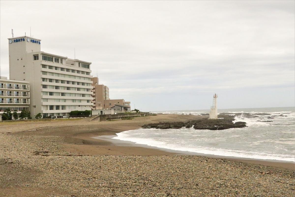 大洗ホテル前の海岸