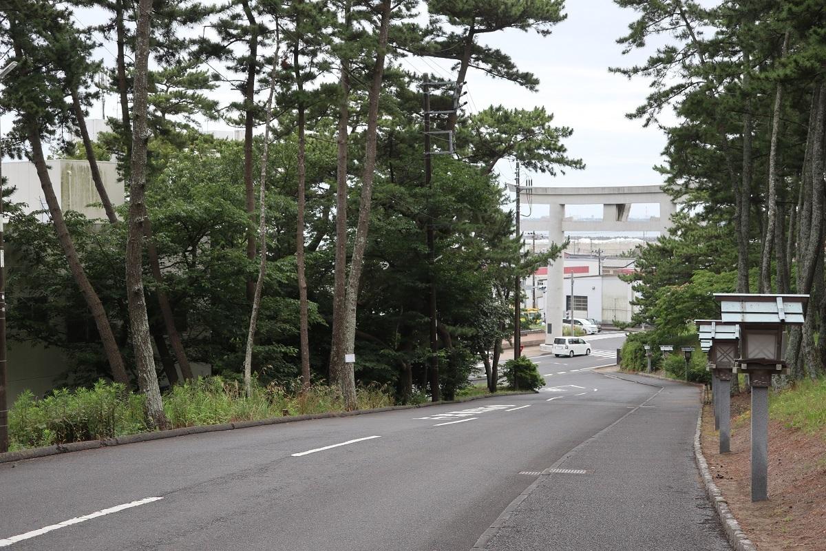 磯前神社に上がる坂